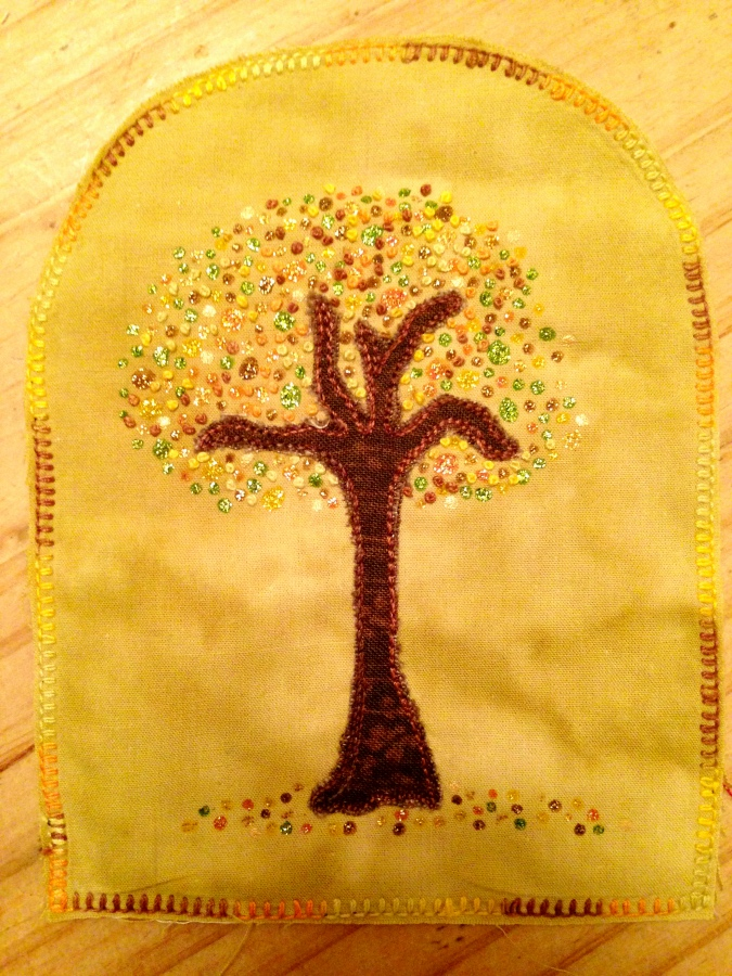 embroidery tree glitter liners